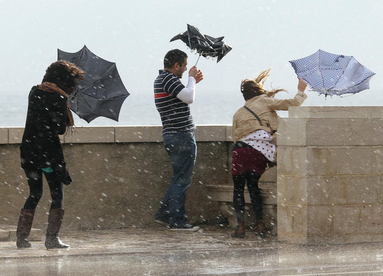 МЭПР предупредило о нестабильной погоде