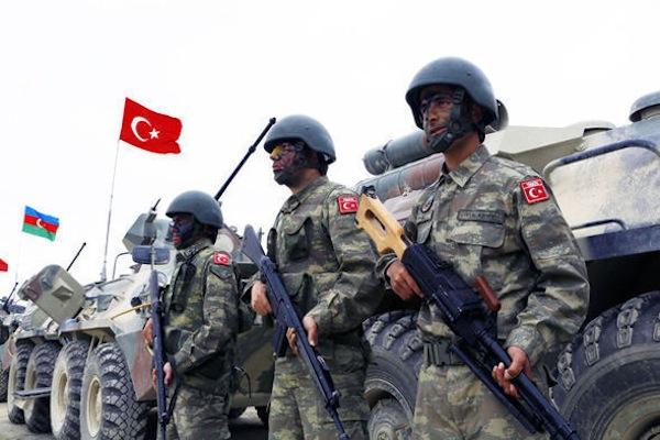 آذربایجان عسگری تورکییهده تعلیم کئچیر