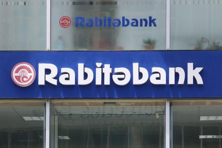 Недостача в полмиллиона: арестован кассир банка