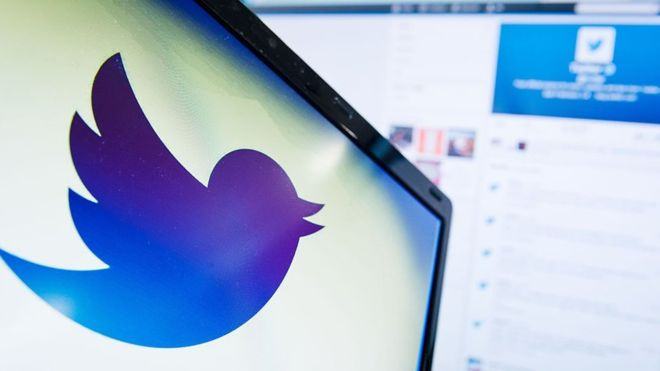 Twitter to put red badges under politicians' posts