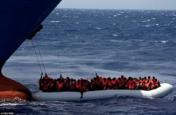 В Средиземном море спасли более 180 мигрантов
