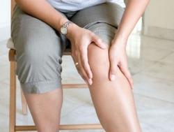 Oynaq ağrılarının ilkin əlamətləri budur - Video