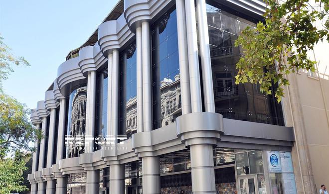 Azərbaycanda iki teatra yeni direktorlar təyin olundu
