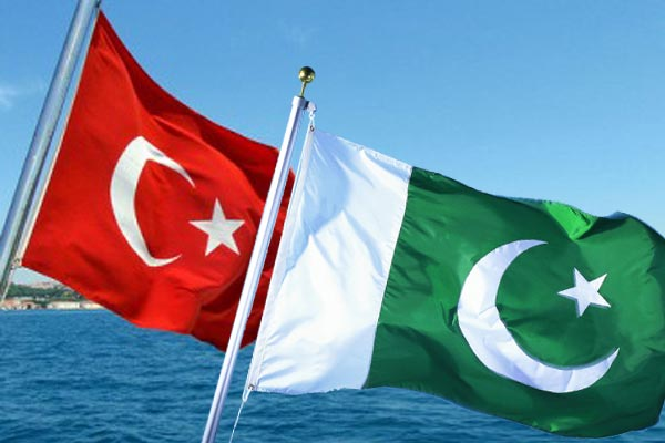 Turkey-Pakistan hold high level military meeting