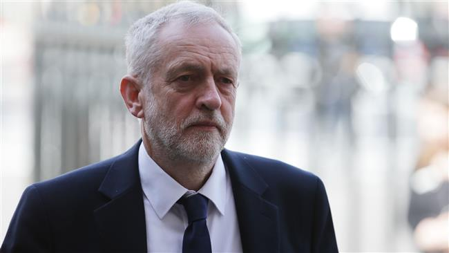 Jeremy Corbyn apologises over heavy Labour defeat