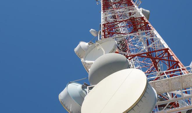 Azərbaycanda iki telekanalın yayımı dayandırıldı
