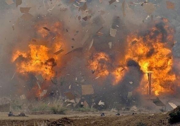 Məktəb yaxınlığında terror: 55 ölü, 150 yaralı