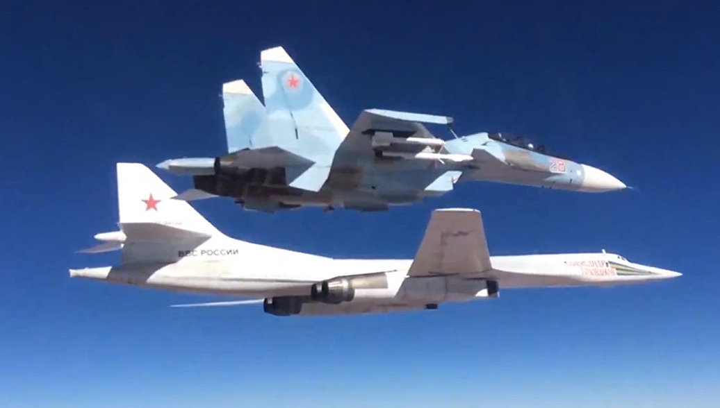 Rusiya Tu-160-ları niyə havaya qaldırıb? - Şoyqu açıqladı