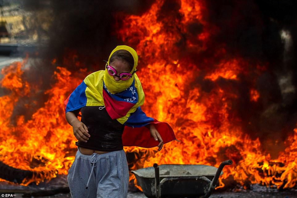 Venezuelan military uses tear gas against protesters