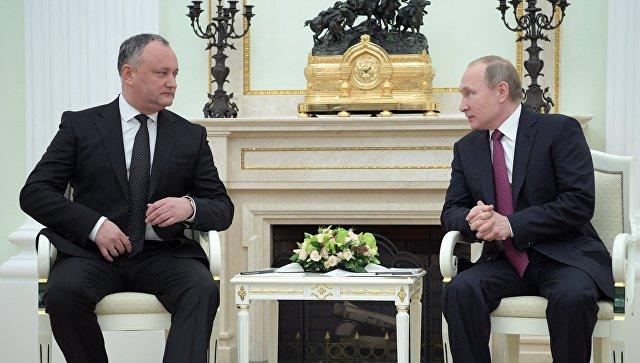Dodon Putinlə paradda iştirak edəcək