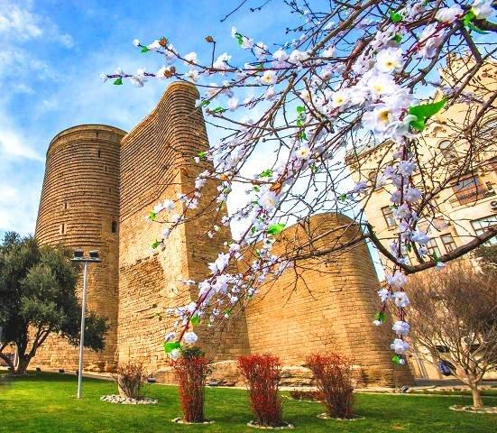 В Азербайджан пришла весна