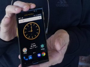 Dünyanın ən təhlükəsiz smartfonu təqdim edildi
