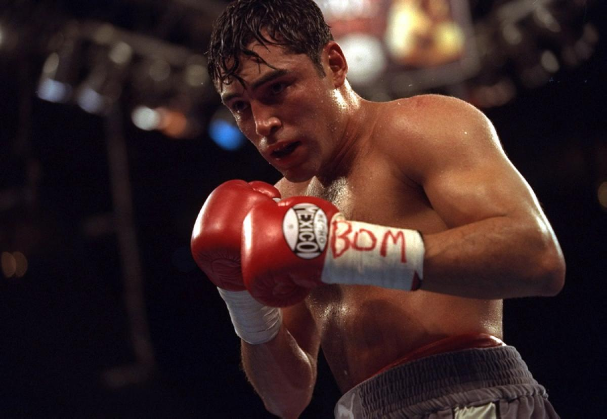 oscar de la hoya In 1995 the oscar de la hoya foundation was created to bring a better quality of life to the people of east los angeles today, with the help of so many, the foundation serves thousands of people annually.