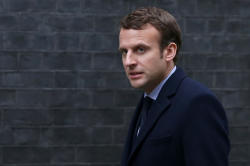 Macron seeks to give impetus to ties during visit to Russia