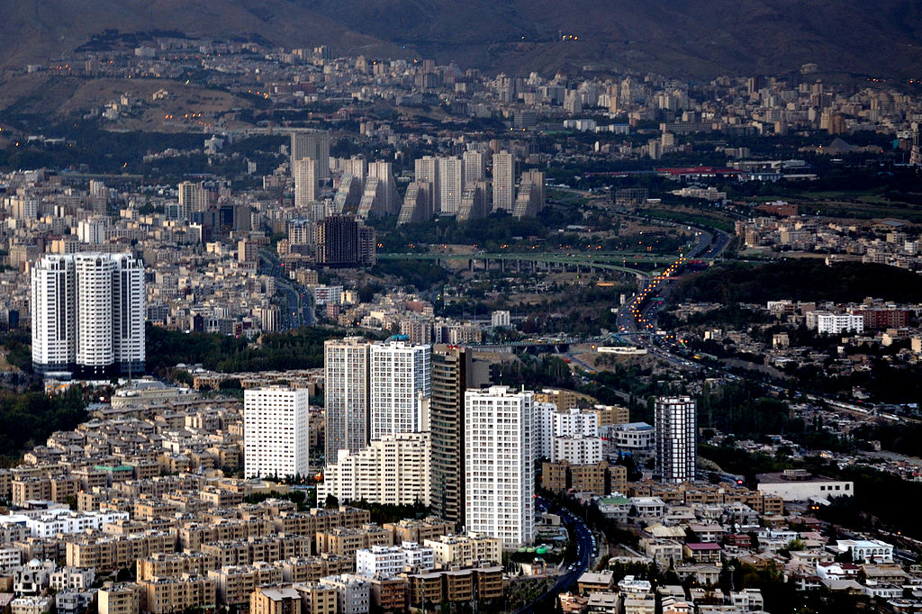 ایراندا مباریزه قیزیشیر: آذربایجانلیلار حرکته کئچیر