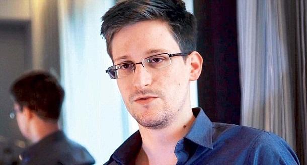 Трамп никого не любит так сильно как Путина - Сноуден