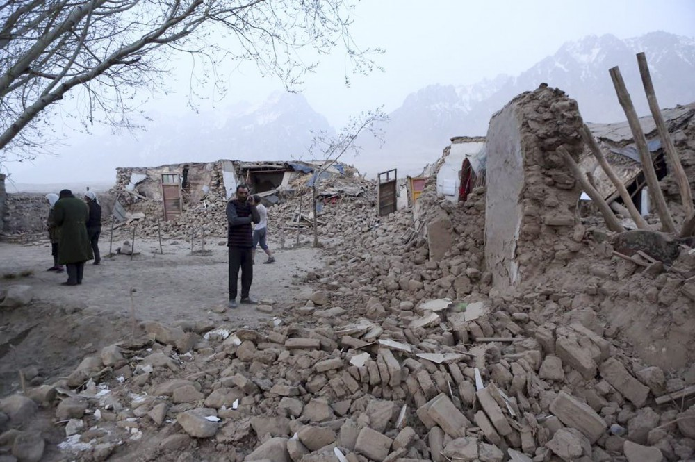 تورکییهنین آردینجا ایراندا دا شدتلی زلزله اولدو