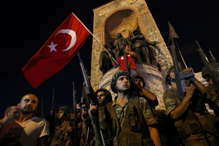 Два года прошло со дня попытки госпереворота в Турции