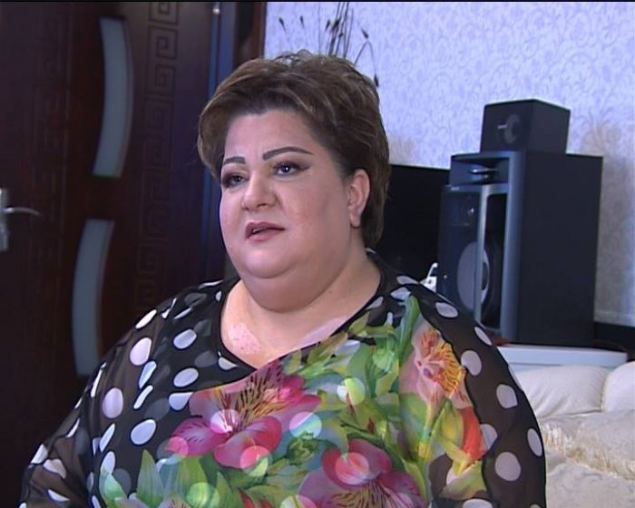 Atasının 40-ı çıxmamış oxuyan xalq artisti danışdı - Video