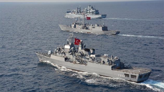 Bu, gərginliyi kimin artırdığını göstərir - Türk admiral