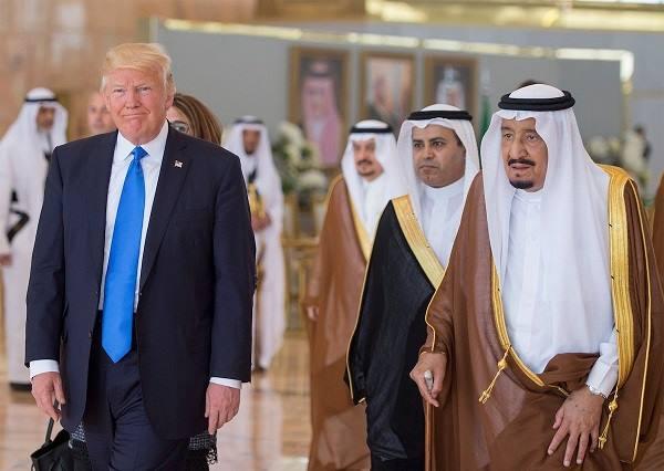 ترامپ عربیستانا علاوه حربی قوه گؤندردی