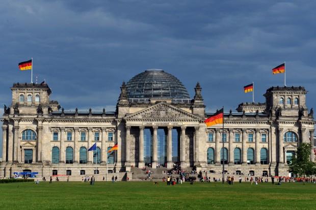 В бундестаге призвали США убрать ядерное оружие из ФРГ