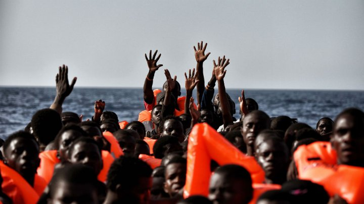 A boat with 91 migrants goes missing