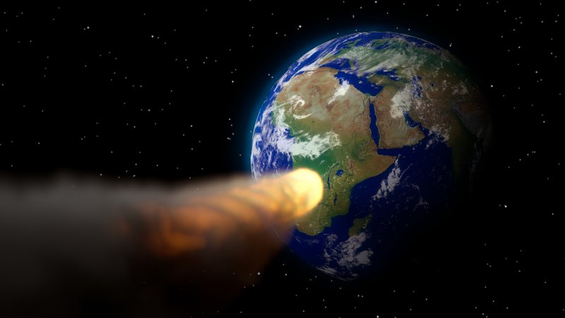 Гигантские обломки кометы Энке обрушатся на Землю в 2022 году