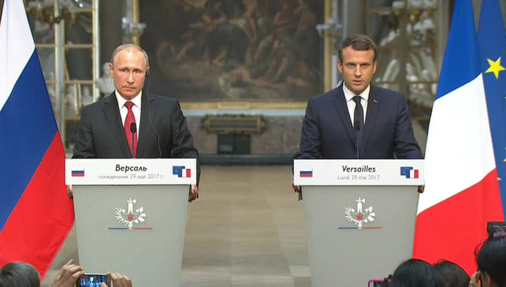 Makron Putinə: Sizin KİV-lər yalan xəbərlər yayır