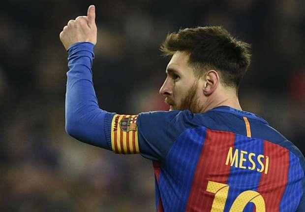 """Lionel Messi dördüncü dəfə """"Qızıl buts"""" aldı - Foto"""