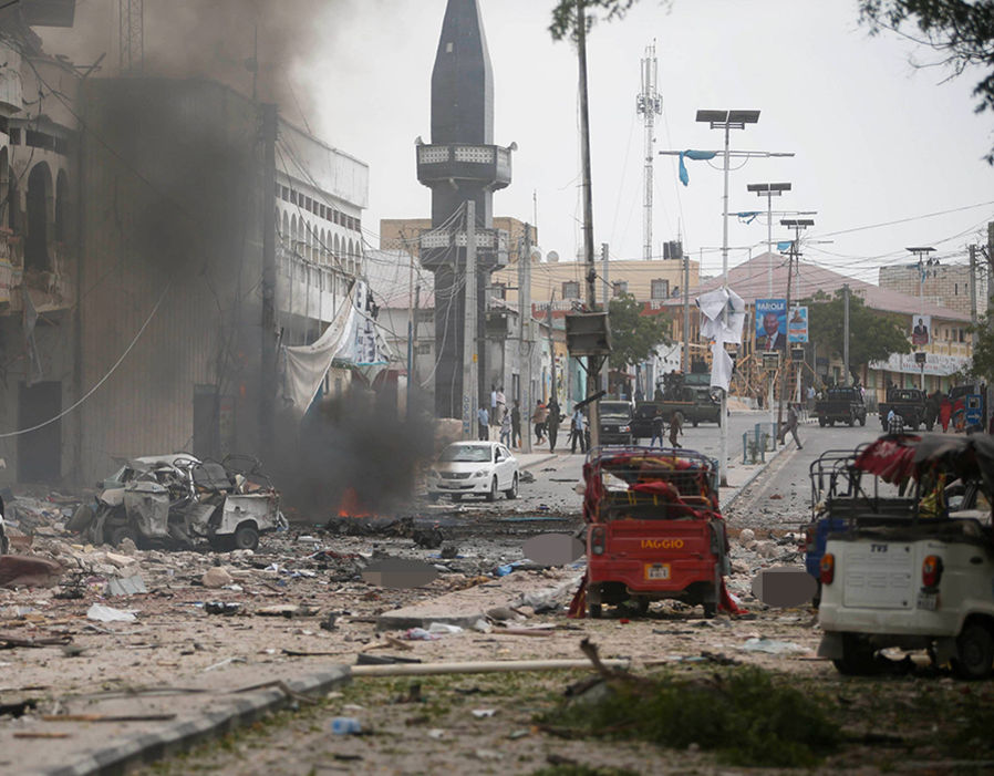 20 killed in a car bomb blast in the Somali capital