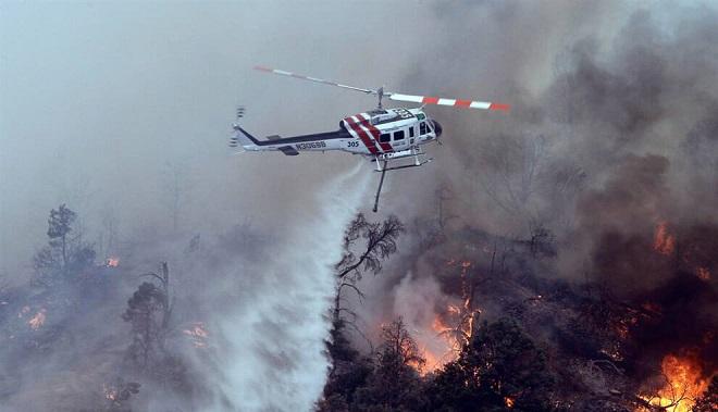 В Габале горит лес, к тушению огня привлечены два вертолета