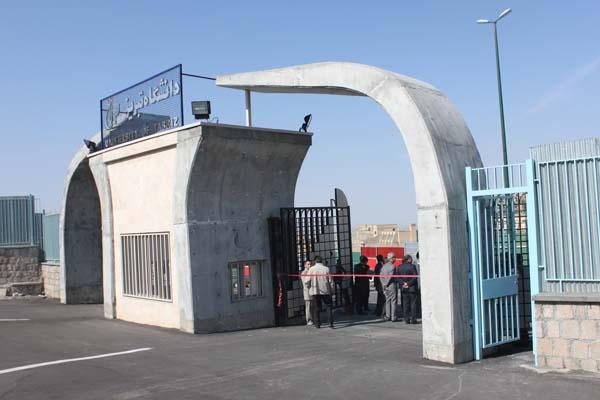 رئیس حراست دانشگاه تهران از عوامل بازداشت دانشجویان اظهار بیاطلاعی کرد