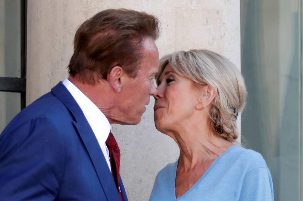 آرنولد ماکرونون خانمی ایله ائله گؤروشدو کی... –