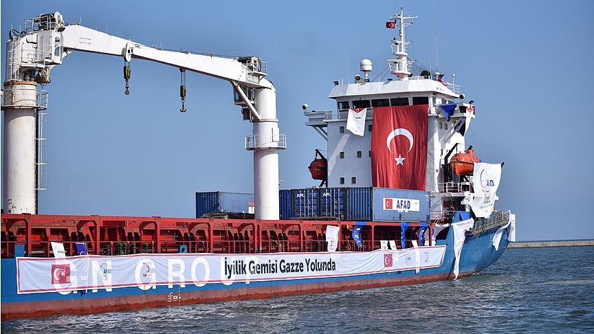 Rusiya gəmisində Türkiyə bayrağı dalğalandırıldı