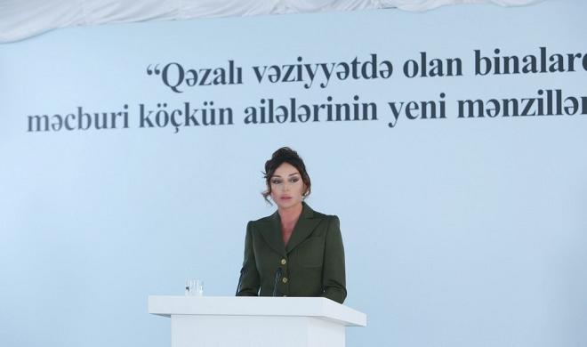 Mehriban Aliyeva attended ceremony give new apartments