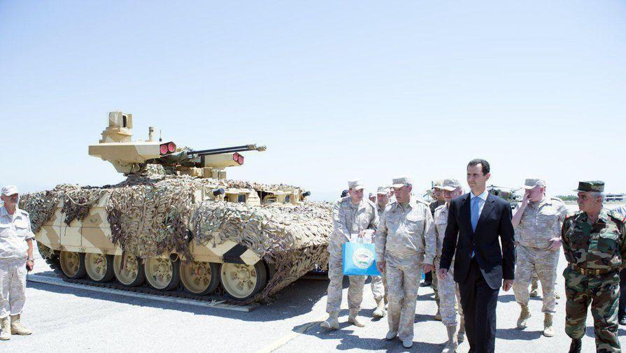Асад объявился на авиабазе России в Сирии - Фото