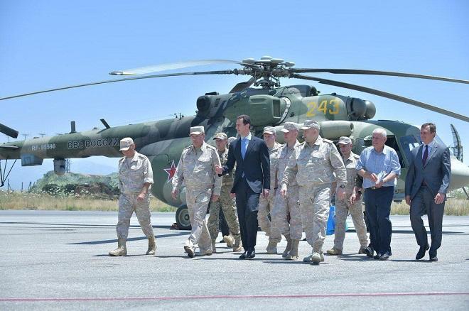 Bashar Asad visits Russia's Khmeymim airbase -