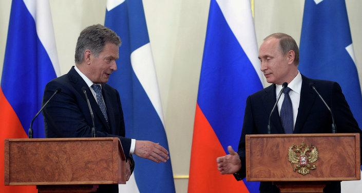 روسییا و فینلاندییا راضیلیغا گلدی - ۱۰ ایل سونرا...