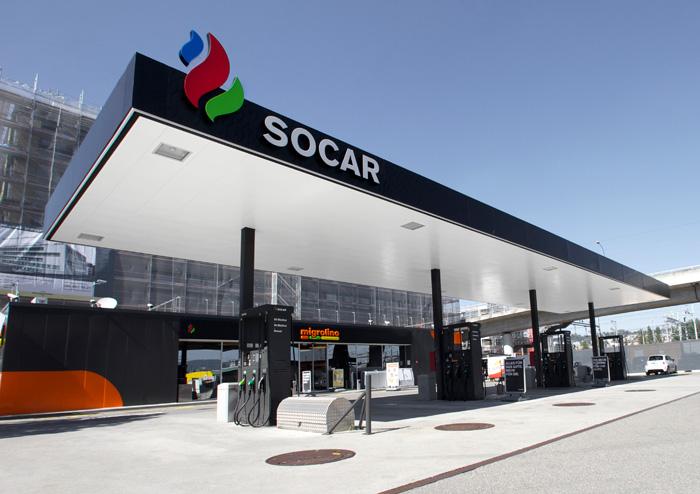 В Азербайджане подняли цены на бензин