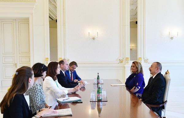 İlham Əliyev avstriyalı naziri qəbul etdi