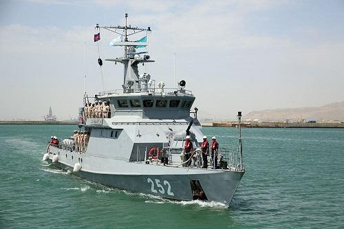 ایران و قازاخیستان حربی گمیلری باکیدا - فوتو