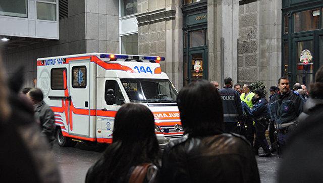 В Швейцарии мужчина с бензопилой ранил пятерых