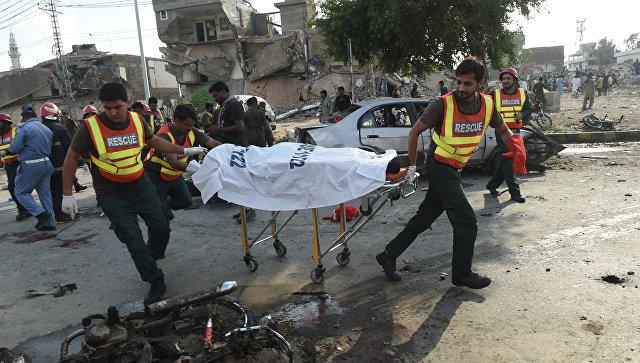 Взрыв в Пакистане: 22 погибших