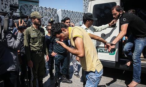 ایراندا بؤیوک عملیات: ۷۰۰ نارکوتاجیر توتولدو
