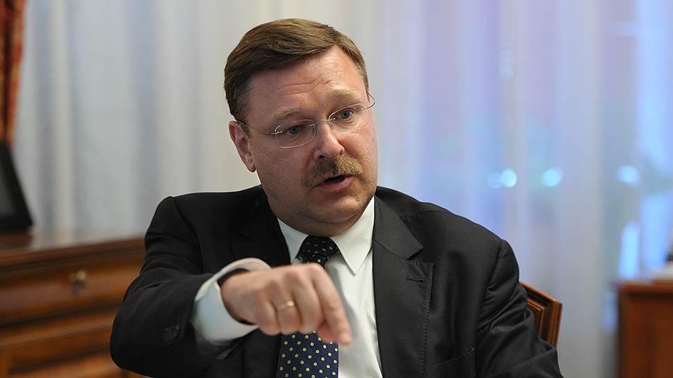 """روس سناتور: آوروپا """"بؤیوک قارداش""""اینی دینلییر"""