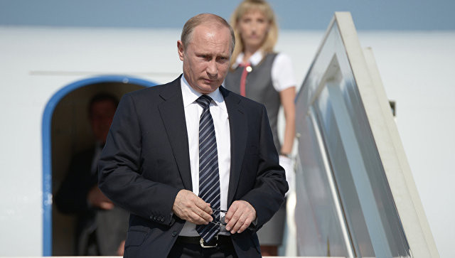 Путин прибыл в Севастополь на открытие ТЭС