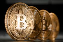 Bitcoin exceeds $ 8,000