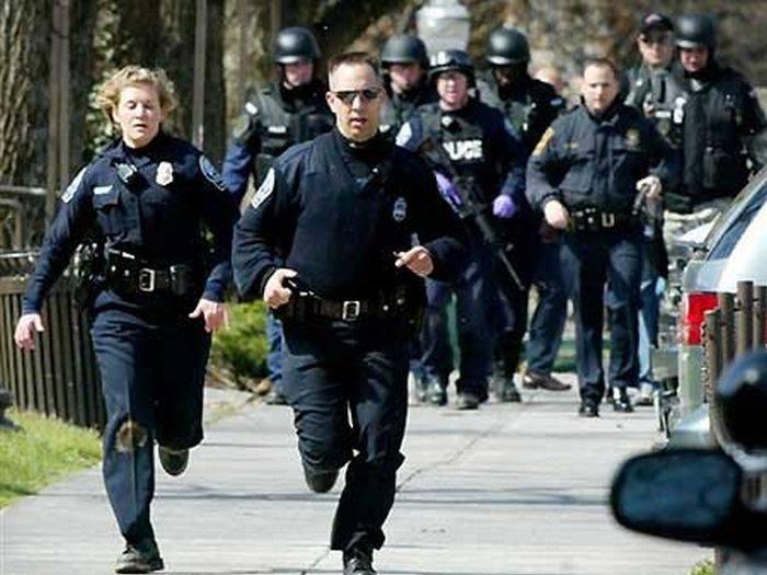 Неизвестный расстрелял прохожих в Лос-Анджелесе
