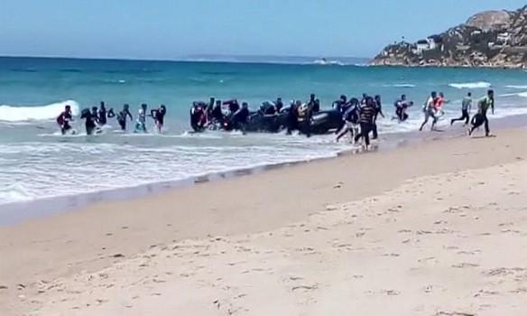 """İtaliya limanları da bağlayır: """"Alan Kurdi"""" də buraxılmır"""
